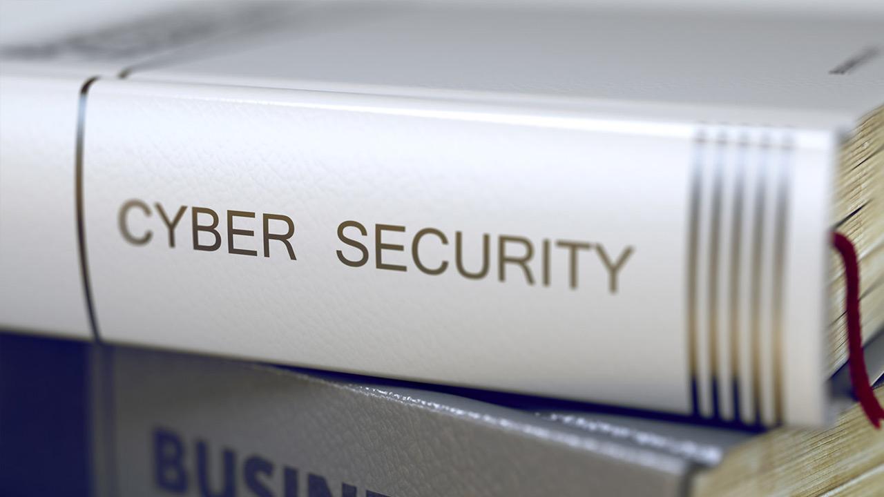 Đọc sách về an ninh mạng